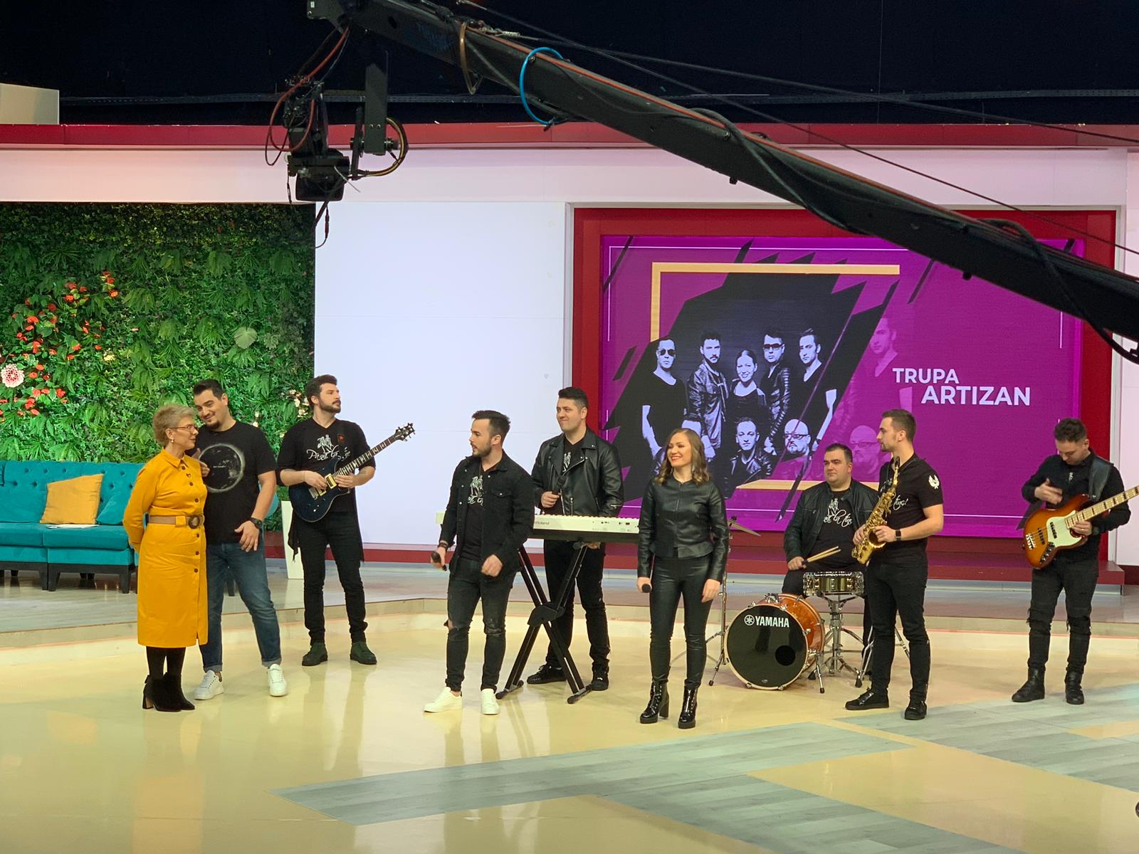 """Trupa Artizan la Teo Show cu piesa """"Până la tine"""""""